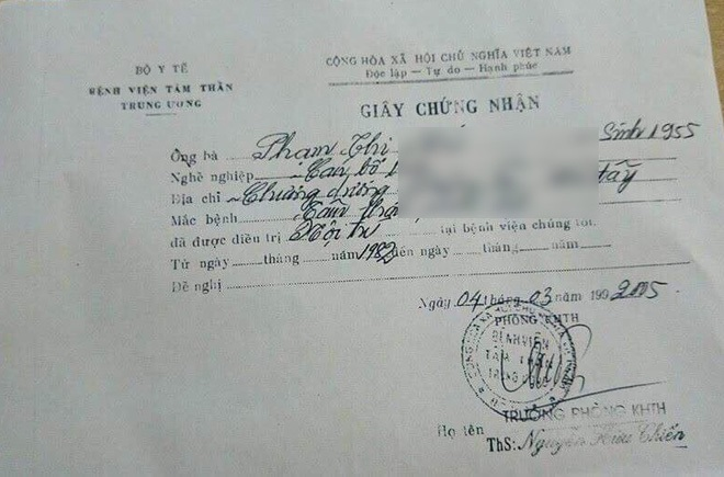 Hà Nội: Người phụ nữ đột nhập shop quần áo 'chôm' đồ mang về bán ở vỉa hè bị mời về công an - Ảnh 7