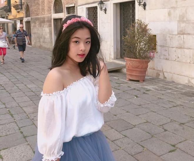 Con gái nhà sao Việt thừa hưởng nhan sắc từ bố mẹ, dự đoán là hoa hậu tương lai - Ảnh 10