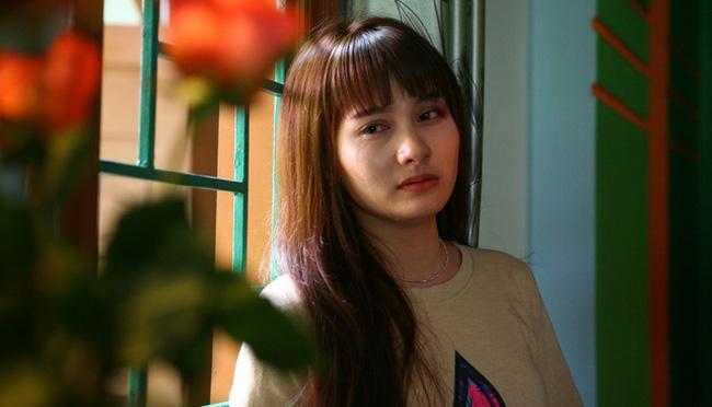 Phim Việt gần đây chuẩn mô-típ: Mẹ ghê gớm thì con trai lại nhu nhược 'hết phần thiên hạ' - Ảnh 11