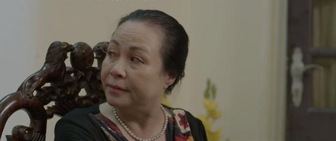 Phim Việt gần đây chuẩn mô-típ: Mẹ ghê gớm thì con trai lại nhu nhược 'hết phần thiên hạ' - Ảnh 1