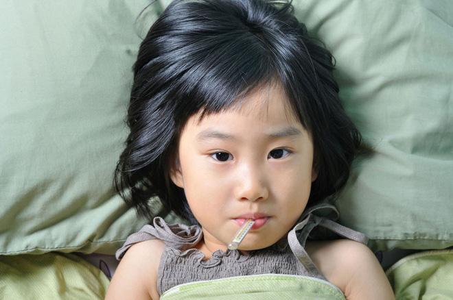 Trẻ bị ốm phải kiêng ăn đồ tanh? - Ảnh 1
