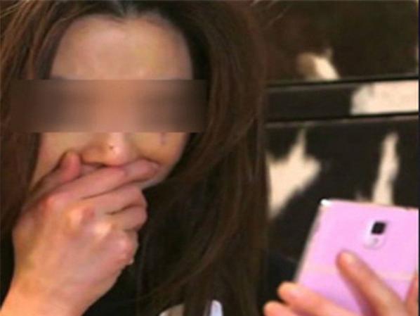 Mẹ bất ngờ xem tin nhắn của con gái 15 tuổi phát hiện sự thật động trời - Ảnh 1