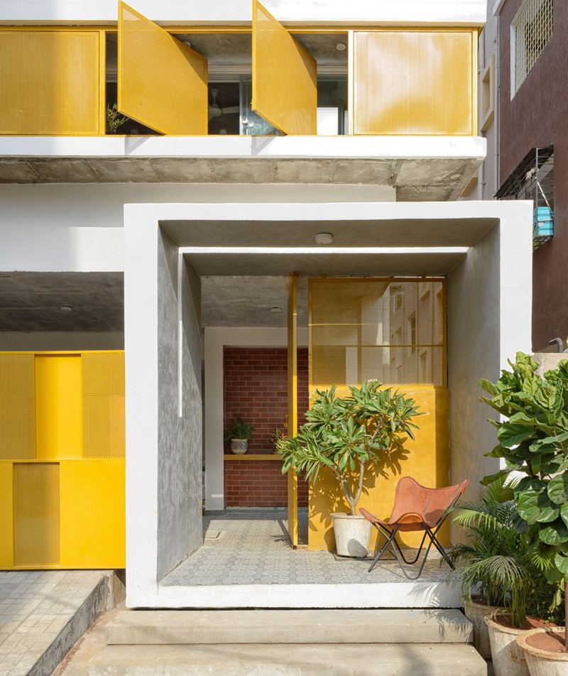 """Ngôi nhà gần gũi với thiên nhiên nhờ có """"vườn đặt trong nhà"""" - Ảnh 2"""