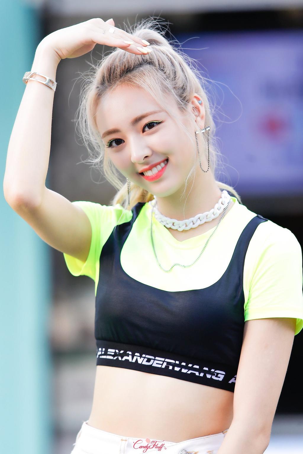 5 thần tượng Kpop là vận động viên - Ảnh 11