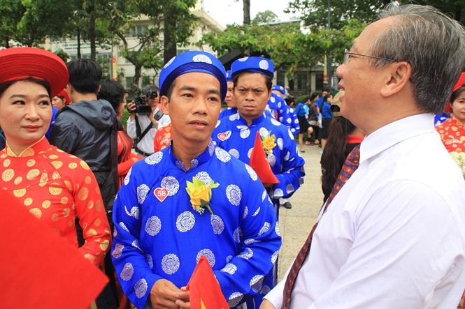 100 cặp cô dâu chú rể hạnh phúc trong lễ cưới tập thể ngày Quốc khánh - Ảnh 12