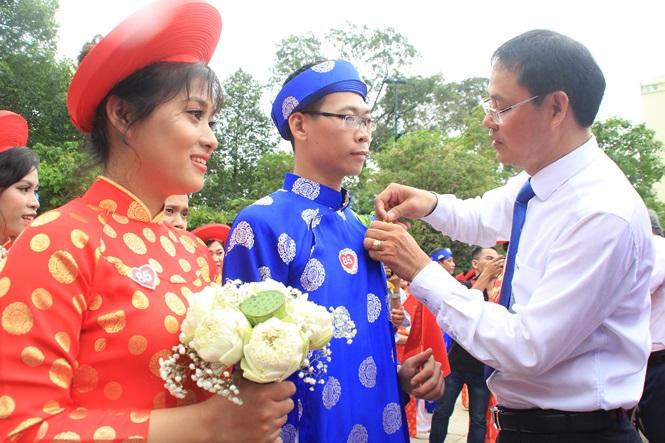 100 cặp cô dâu chú rể hạnh phúc trong lễ cưới tập thể ngày Quốc khánh - Ảnh 14