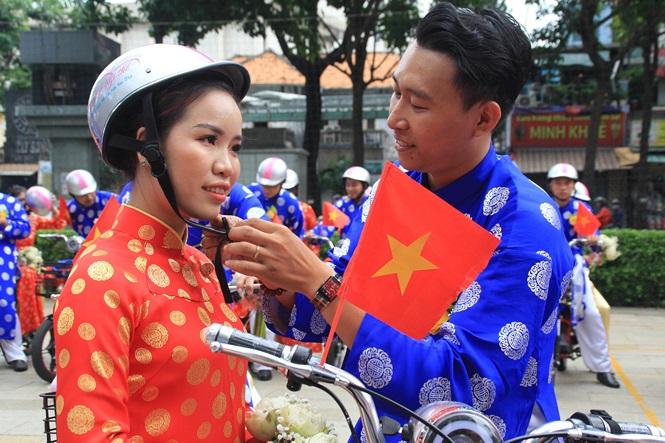 100 cặp cô dâu chú rể hạnh phúc trong lễ cưới tập thể ngày Quốc khánh - Ảnh 18