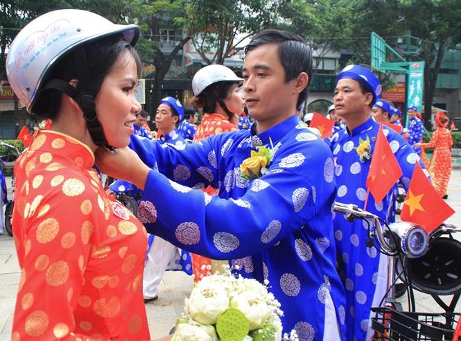 100 cặp cô dâu chú rể hạnh phúc trong lễ cưới tập thể ngày Quốc khánh - Ảnh 19