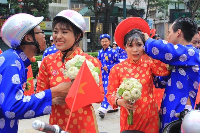 100 cặp cô dâu chú rể hạnh phúc trong lễ cưới tập thể ngày Quốc khánh - Ảnh 20