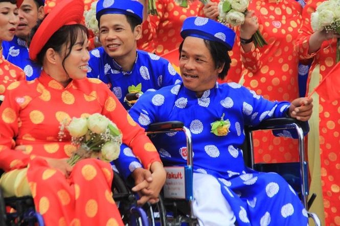 100 cặp cô dâu chú rể hạnh phúc trong lễ cưới tập thể ngày Quốc khánh - Ảnh 5