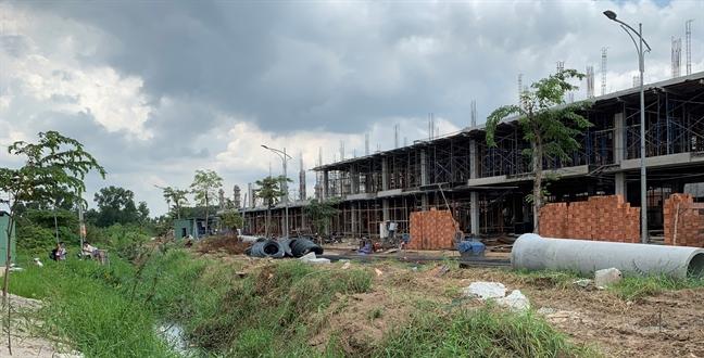 Dân khốn khổ vì rạch Cầu Dừa bị dự án Thăng Long Home xóa sổ - Ảnh 3