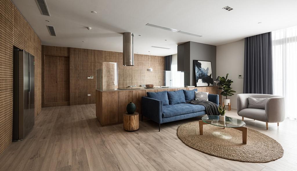 Căn hộ view Hồ Tây được cải tạo với nội thất gỗ tần bì - Ảnh 2