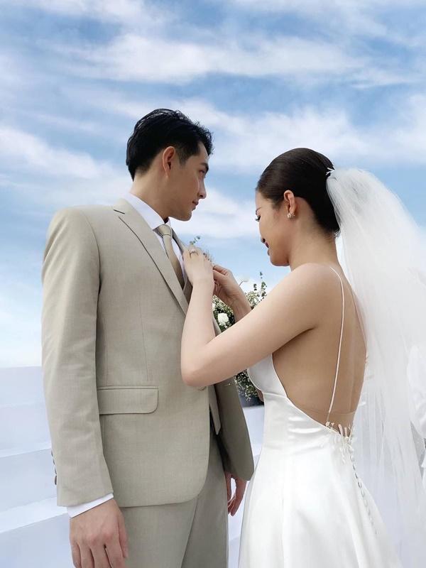 Không để ai đụng vào Ông Cao Thắng, Đông Nhi cứ tự tay make-up cho chồng thế này thì 'tiền để đâu cho hết' - Ảnh 10