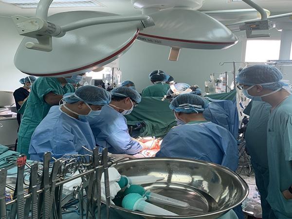 31 ngày, thực hiện thành công 21 ca ghép tạng tại Bệnh viện Trung ương Huế - Ảnh 2