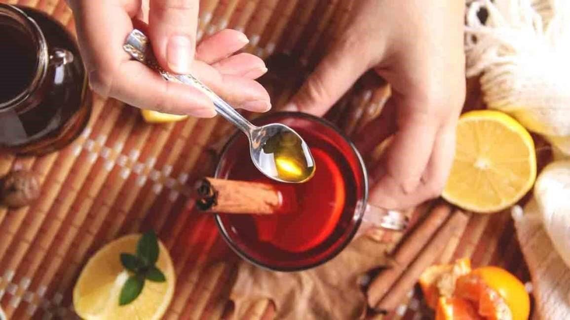 Giảm cân và loại bỏ mỡ bụng nhanh chóng với trà quế pha mật ong - Ảnh 1