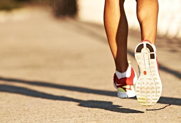 Bệnh nhân mắc CFS rất nhạy cảm với các hoạt động hàng ngày như đi làm, lên cầu thang, đi bộ một đoạn đường ngắn,…