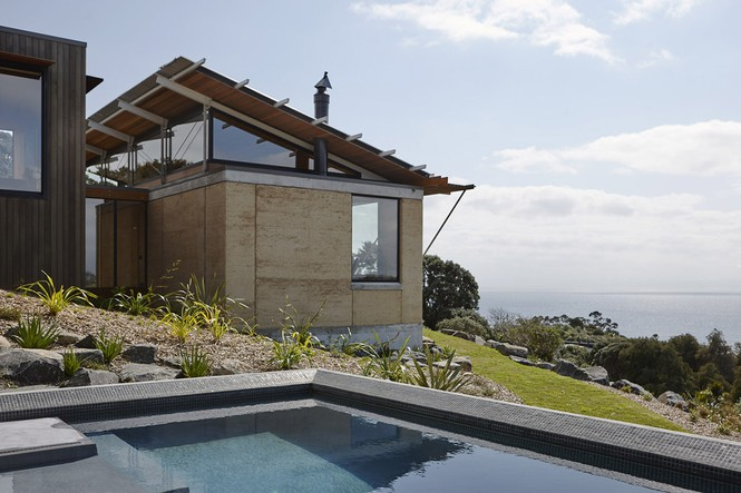 Mê mẩn ngôi nhà có view nhìn ra đại dương xanh mướt - Ảnh 1