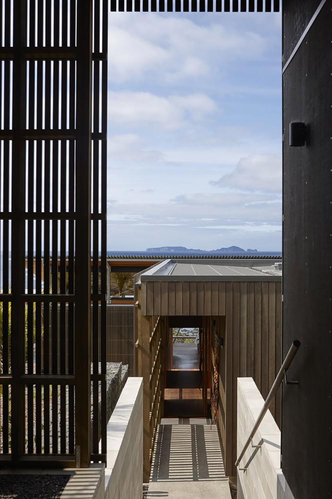 Mê mẩn ngôi nhà có view nhìn ra đại dương xanh mướt - Ảnh 5