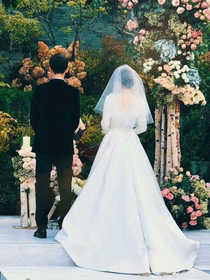 Những cặp đôi yêu nhanh cưới vội của showbiz Hàn - Ảnh 3