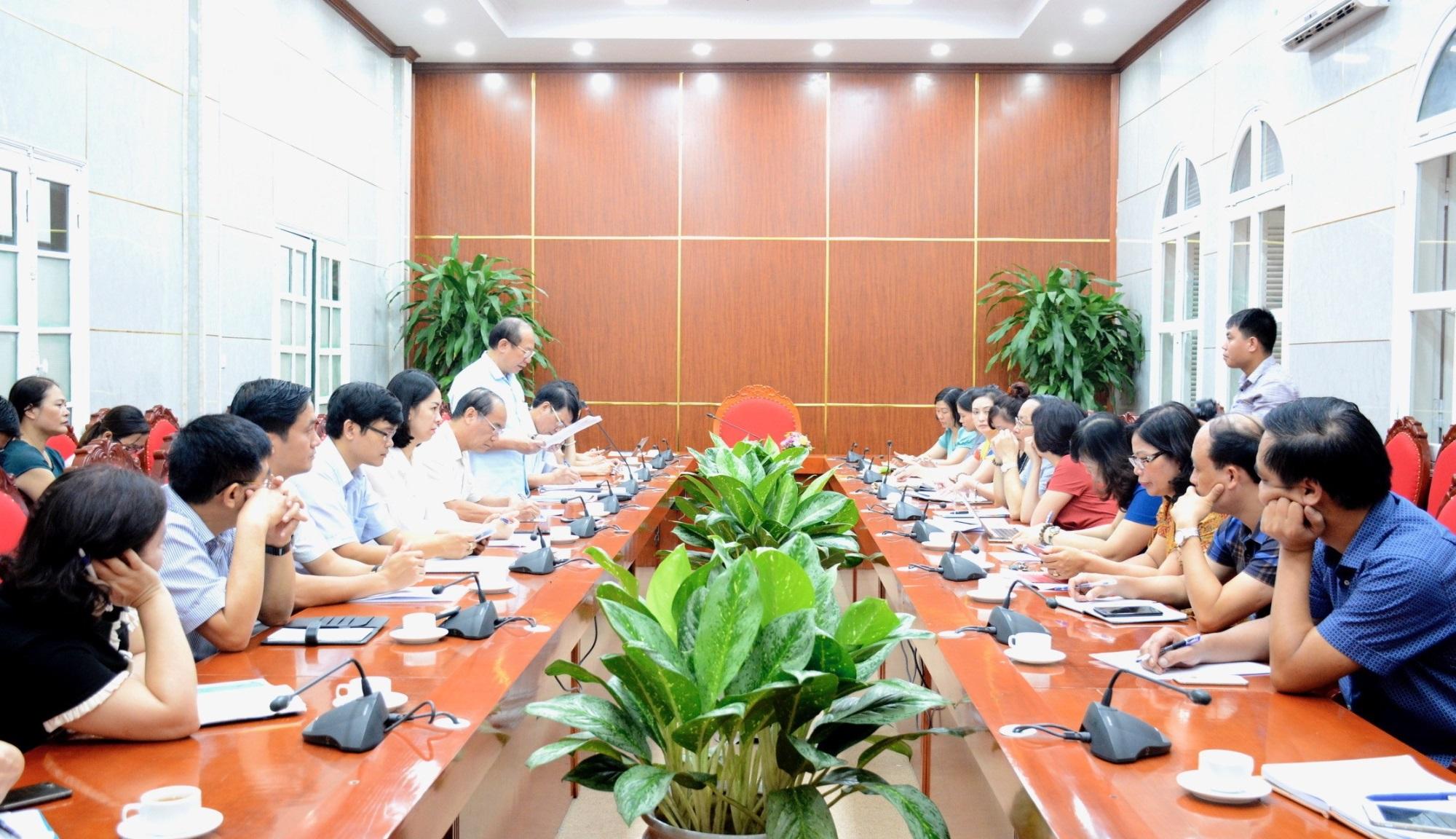 Bộ GD-ĐT yêu cầu Sở GD-ĐT Hà Nội thanh tra các trường mang danh quốc tế - Ảnh 1
