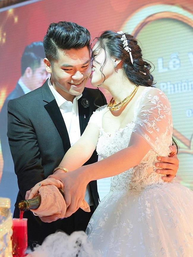 Hành trình yêu đương như tiểu thuyết của Lê Phương và chồng trẻ - Ảnh 17