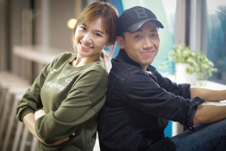 Hari Won 'ăn gạch đá' khi ra mắt tự truyện, fan cuồng đã phản ứng sốc thế này đây - Ảnh 6