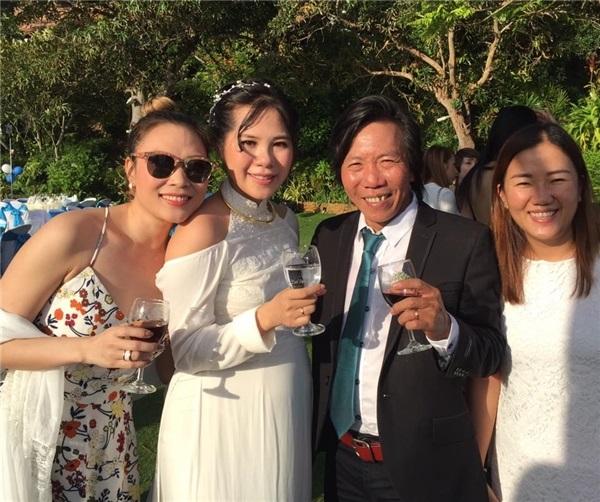 Hé lộ điều ít biết về người vợ kém 25 tuổi của đạo diễn Nguyễn Tranh - Ảnh 9
