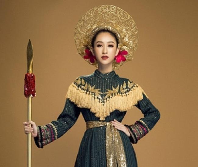 Những hoa hậu Việt cứ lặng lẽ đi thi lại được giải cao - Ảnh 16