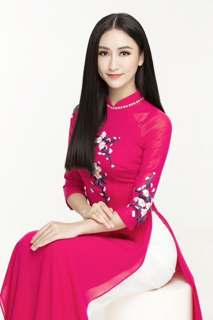 Những hoa hậu Việt cứ lặng lẽ đi thi lại được giải cao - Ảnh 13