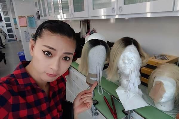 Ngô Thanh Vân khoe ảnh hậu trường đóng phim Hollywood 'Bright' - Ảnh 3