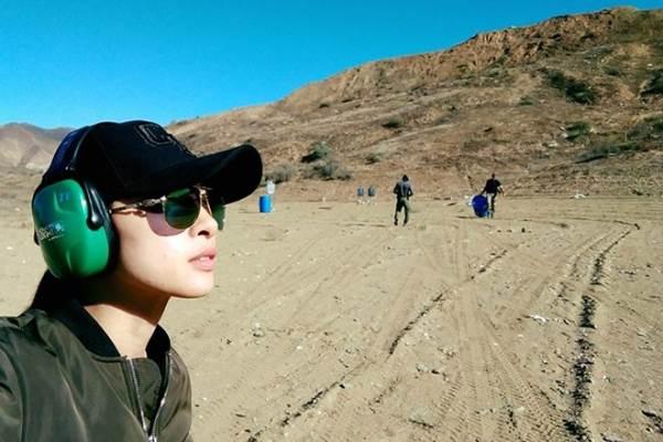 Ngô Thanh Vân khoe ảnh hậu trường đóng phim Hollywood 'Bright' - Ảnh 1