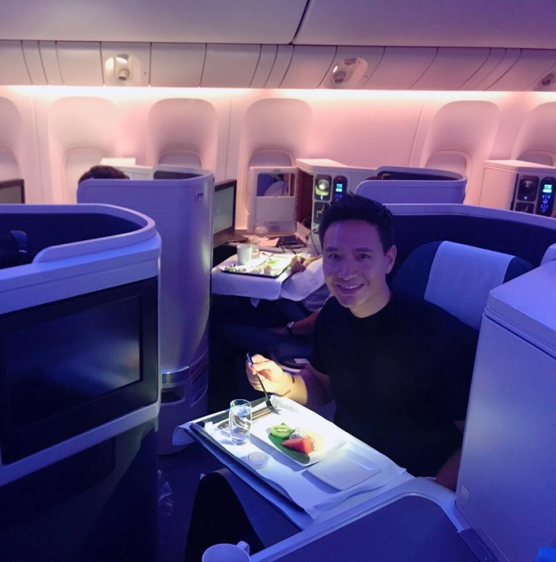Hà Hồ - Kim Lý ngồi khoang máy bay hạng sang, ăn uống như vua chúa trên đường đi New York: 'Sung sướng không còn gì để nói' - Ảnh 2