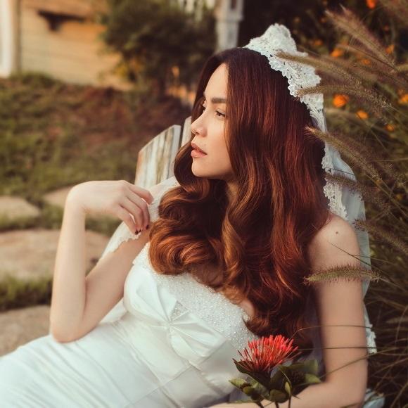 Diện váy cưới lộng lẫy khoe vòng 1 sexy, Hồ Ngọc Hà khiến hàng triệu fan xốn xang tan chảy - Ảnh 6