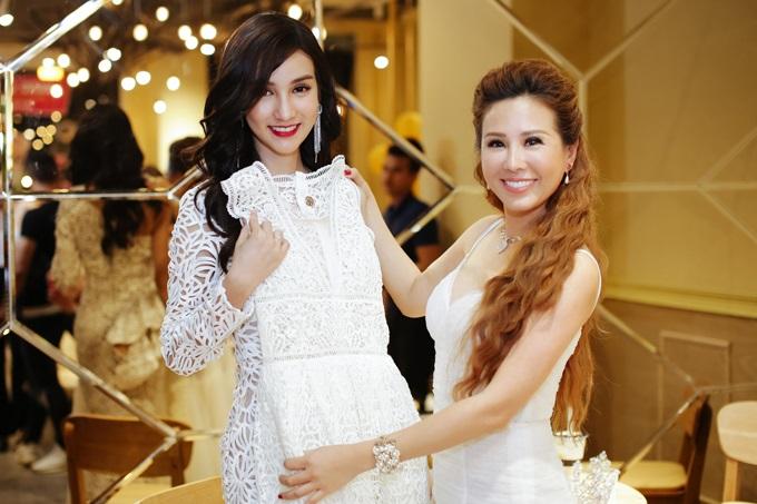 Dàn sao Việt đình đám bị dìm hàng thậm tệ khi đứng cạnh Hoa hậu chuyển giới Thái Lan 2017 - Ảnh 2