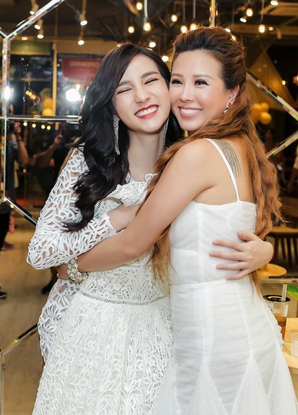 Dàn sao Việt đình đám bị dìm hàng thậm tệ khi đứng cạnh Hoa hậu chuyển giới Thái Lan 2017 - Ảnh 7