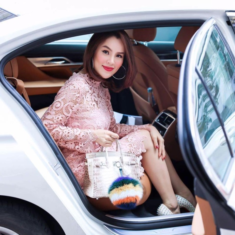 Hoa hậu Phương Nga 'lên đời' sau khi được tại ngoại - Ảnh 4