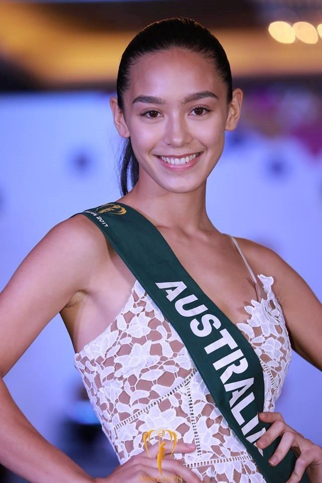 Mặt mộc dàn người đẹp Hoa hậu Trái Đất 2017 khiến khán giả 'khóc thét'