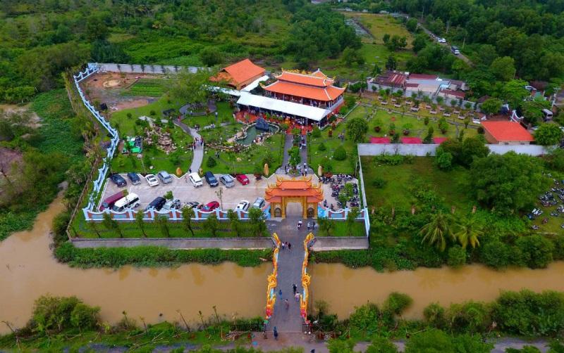 Lý do Hoài Linh chi khủng 100 tỷ đồng tiền túi để xây đền thờ tổ