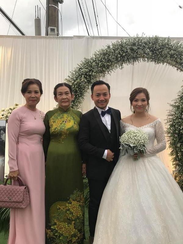 'Giờ anh đã là chồng người ta', Hari Won chúc Tiến Đạt: 'Hạnh phúc mãi anh nhé!' - Ảnh 1