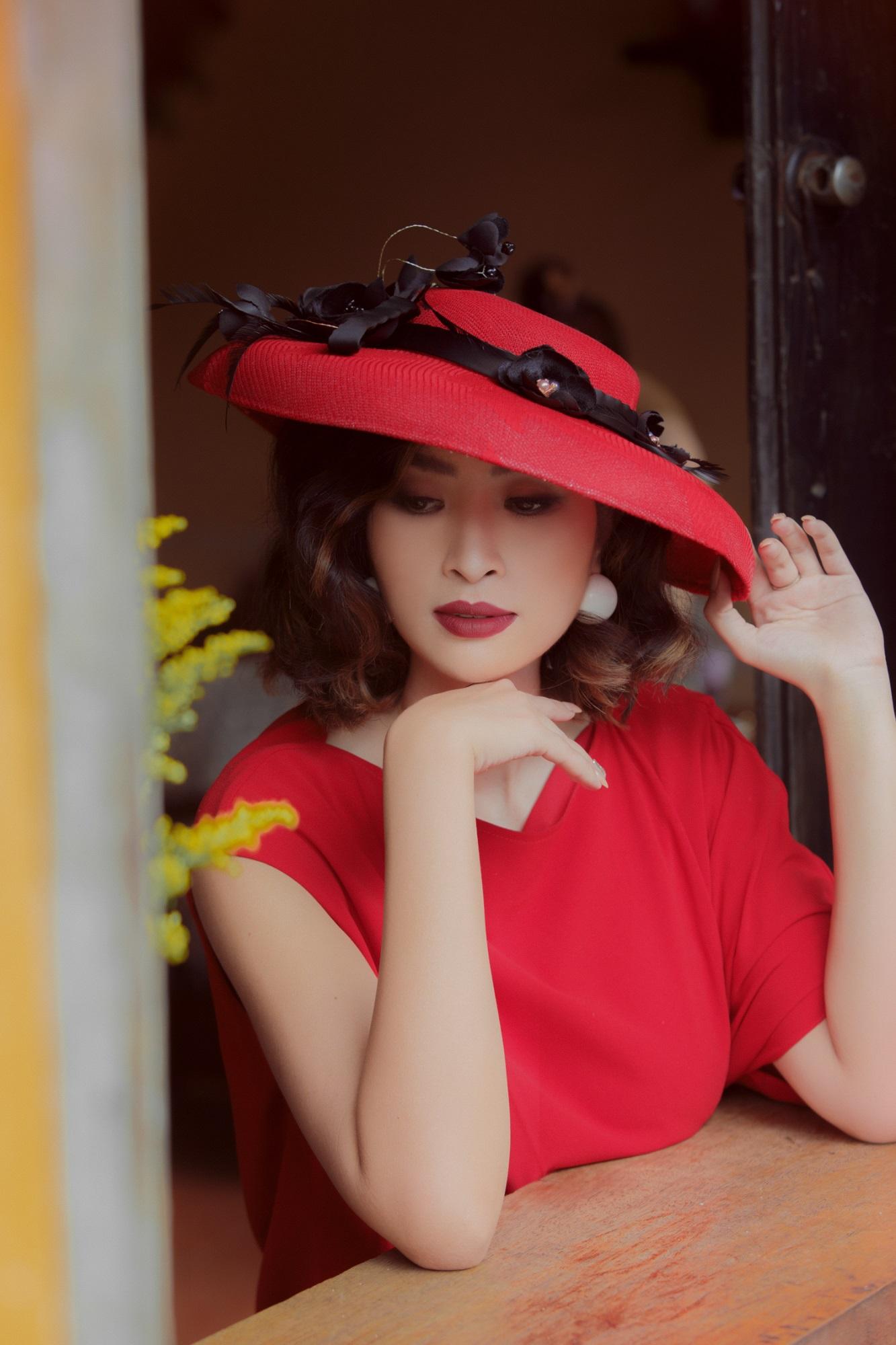 Hồng Nhung 'Sao Mai điểm hẹn': 'Tôi nuôi con không cần chồng cũ chu cấp' - Ảnh 2