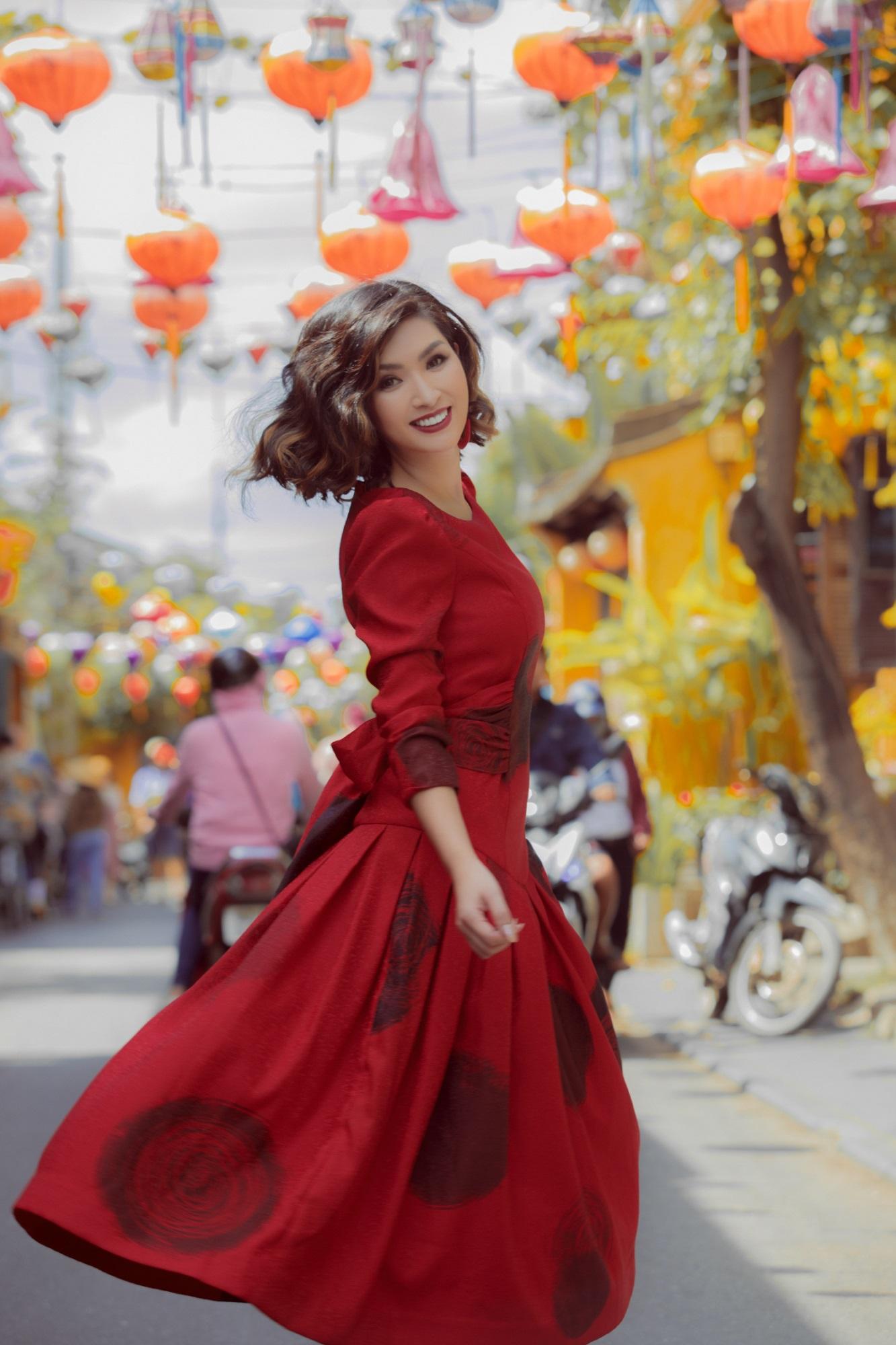 Hồng Nhung 'Sao Mai điểm hẹn': 'Tôi nuôi con không cần chồng cũ chu cấp' - Ảnh 7