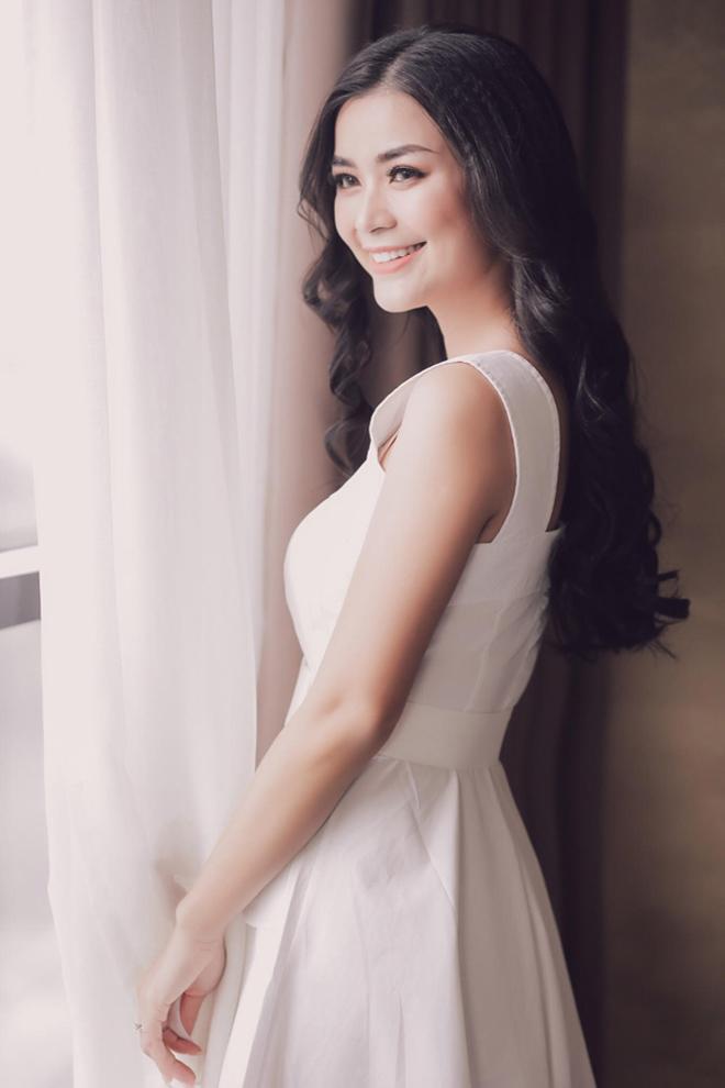 Rời showbiz gần 8 năm, Diệu Thuý trở thành 'Nữ phi công xinh đẹp nhất Việt Nam' - Ảnh 9