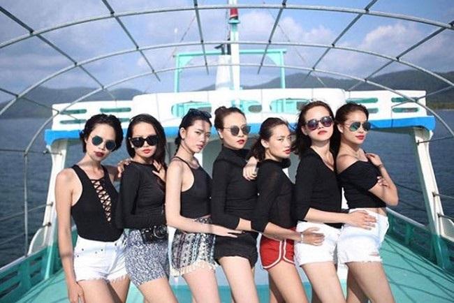 Hội bạn thân toàn chân dài của Đàm Thu Trang, bạn gái Cường Đô la