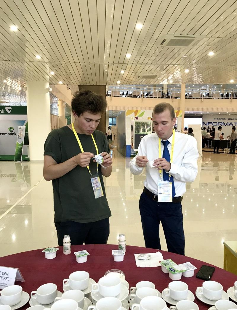Hơn nửa triệu sản phẩm Vinamilk được chọn phục vụ hội nghị lãnh đạo cấp cao 21 nền kinh tế thành viên Apec - Ảnh 5