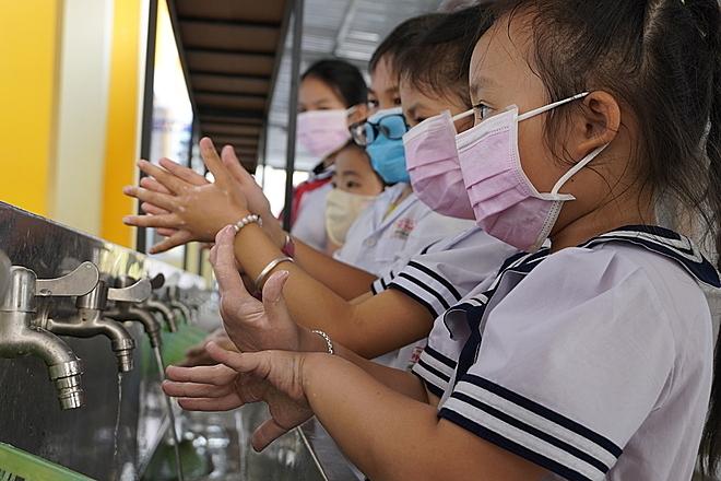 Những lầm tưởng khi phòng lây nhiễm nCoV - Ảnh 1