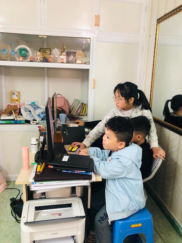 Trẻ nghỉ học tránh dịch: Mẹ gồng mình quản 8 con lẫn cháu, mẹ cho con về quê 'lánh nạn' - Ảnh 2