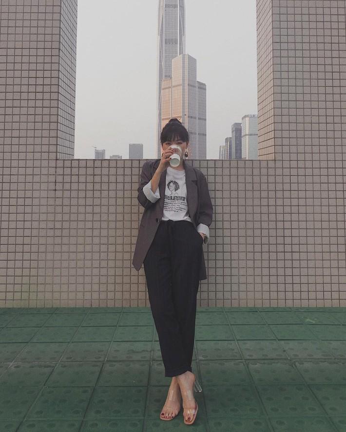 Đây chính là 15 set đồ mặc đẹp bất chấp nắng mưa cho nàng công sở - Ảnh 2