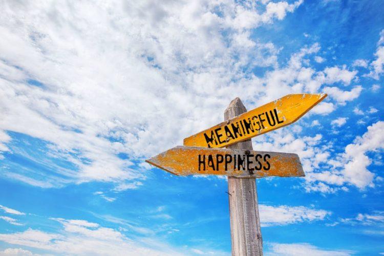 Bí quyết sống hạnh phúc, đủ đầy giữa dòng đời đầy bão táp - Ảnh 2