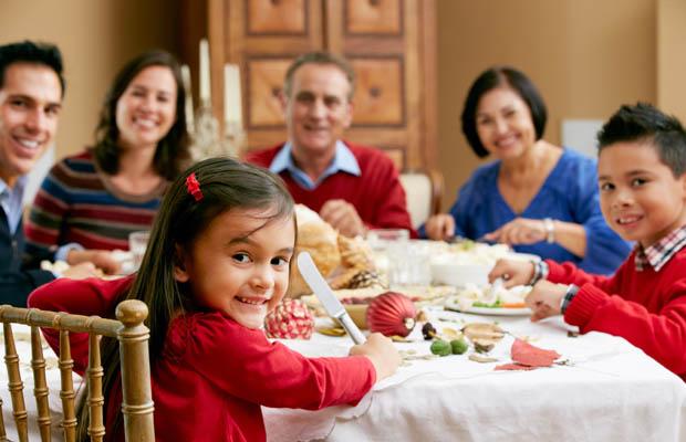 Những thói quen tốt của cha mẹ sẽ tác động tới con cái - Ảnh 2