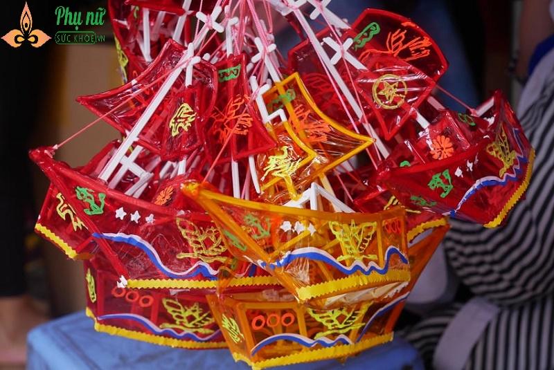 Về thăm làng đèn lồng truyền thống rộn ràng trước Tết Trung thu - Ảnh 7